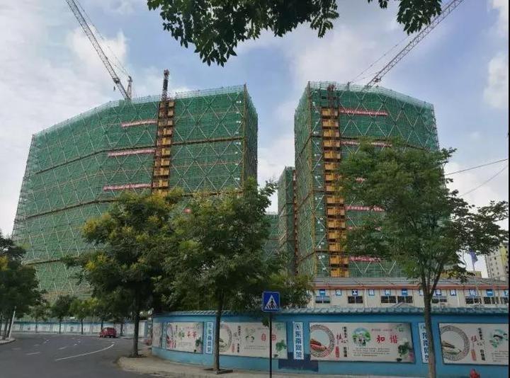 杭州首个钢结构公租房项目结顶,将提供公租房800余套