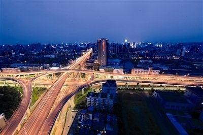 """杭州上塘高架打通最后""""一公里"""" 一路向北连接高速路网"""