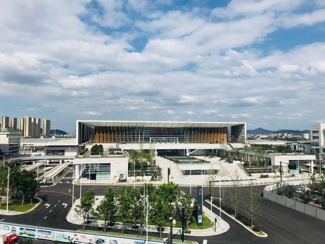 杭州南站东广场10月完成主体施工 今后旅客可在这里直接乘坐地铁5号线
