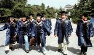 杭州将调整应届毕业生生活补贴发放标准 本科1万 硕士3万 博士5万