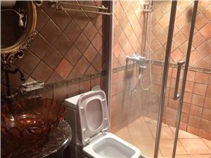 金色城品二手房-卫生间