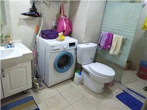 玲珑府二手房-卫生间