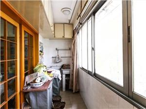 荷花池头二手房-阳台