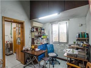 马塍路16号小区二手房-客厅
