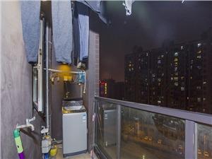 金地自在城二手房-阳台
