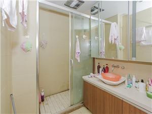 金地自在城二手房-卫生间
