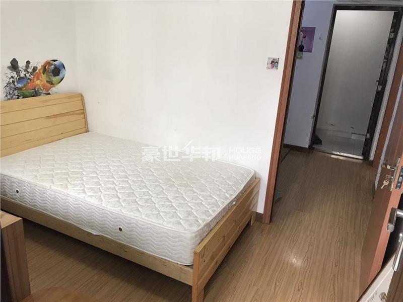 沈塘新村出租房-次卧