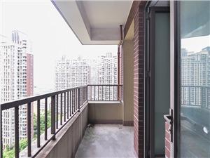 世茂江滨花园瑞景湾二手房-阳台