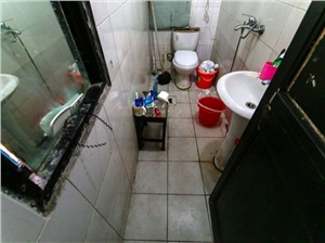 小营民居二手房-卫生间
