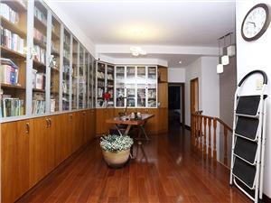 浪琴翠园二手房-客厅