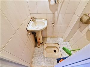昌化新村二手房-卫生间