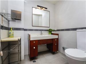 碧水豪园二手房-卫生间