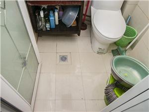 和睦新村二手房-卫生间