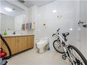 彩虹城二手房-卫生间