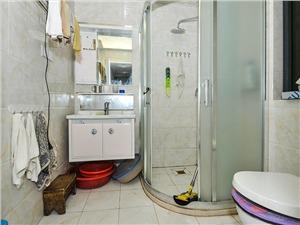 玲珑香榭二手房-卫生间