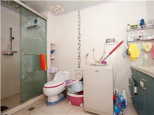 三里亭二区二手房-卫生间