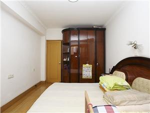 金海公寓二手房-主卧