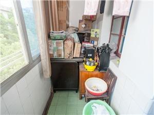 莫干新村二手房-阳台