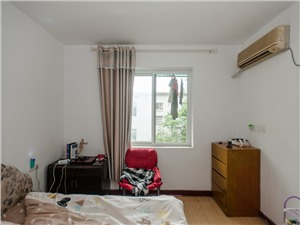莫干新村二手房-次卧