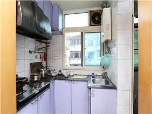 古荡东区二手房-厨房
