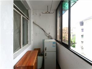 直箭道巷二手房-阳台