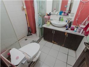 文三新村二手房-卫生间