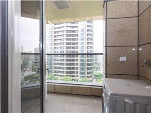 丽江公寓二手房-阳台