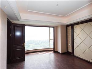 丽江公寓二手房-主卧