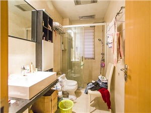 白马尊邸二手房-卫生间