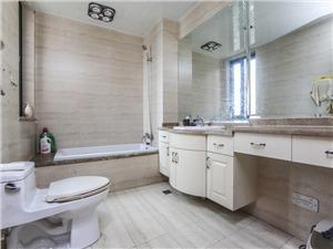 观邸国际二手房-卫生间