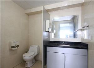 白云大厦二手房-卫生间