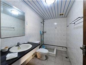 三华园二手房-卫生间