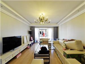 云龙公寓二手房-客厅