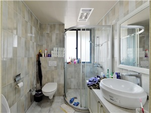 云龙公寓二手房-卫生间