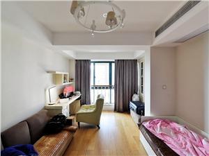 云龙公寓二手房-次卧