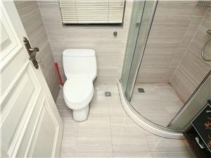 金色家园二手房-卫生间