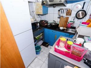 景芳三区二手房-客厅