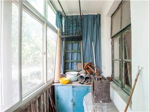 庆丰新村二手房-阳台