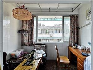 环西新村二手房-阳台