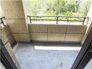绿都金域东方二手房-阳台