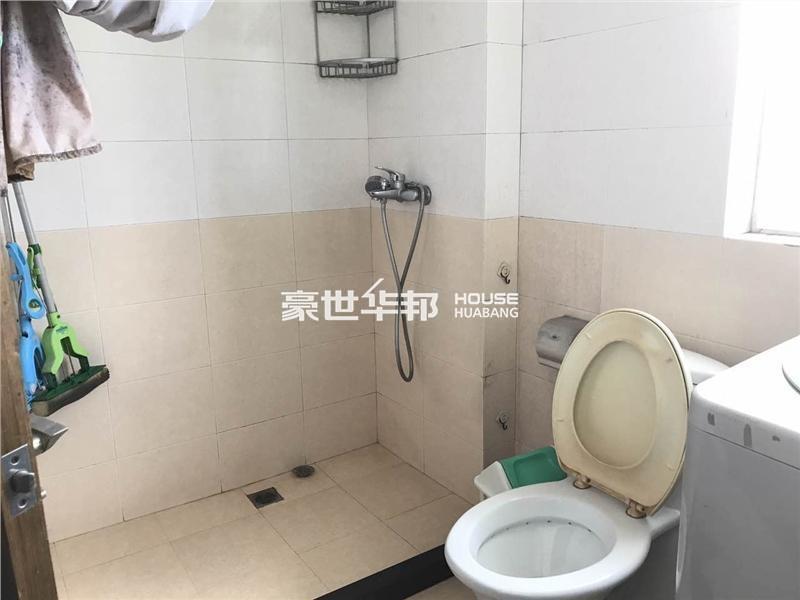 文二新村出租房-卫生间