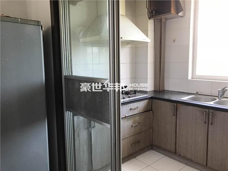 文二新村出租房-厨房