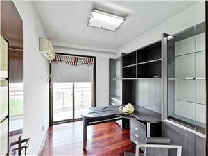 河滨公寓二手房-书房