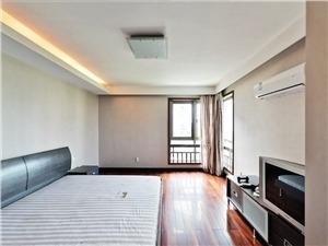河滨公寓二手房-主卧