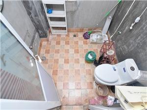梦琴湾二手房-卫生间