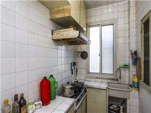 崇化小区二手房-厨房
