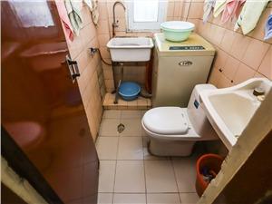 崇化小区二手房-卫生间