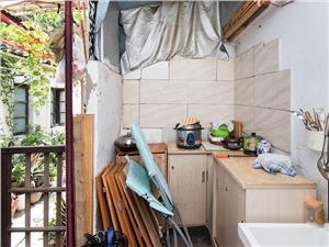 小河东河下二手房-厨房