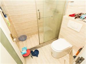泊林公寓二手房-卫生间