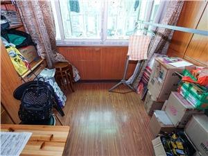 景芳三区二手房-阳台